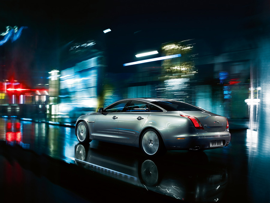 Attached Image: 2010_Jaguar_XJLSupersport2.jpg