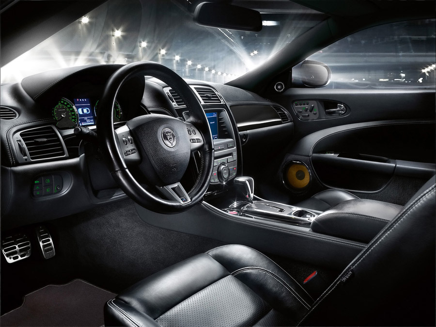 Attached Image: Jaguar_XKR-S_2008_Interior.jpg
