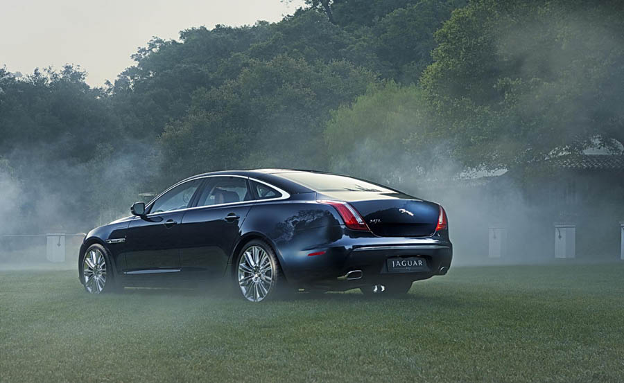 Attached Image: 2011_jaguar_xj_03.jpg